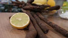 Das Gröstl ist ein traditionelles Pfannengericht. Übriggebliebenes wird meist mit Kartoffelbeigabe wiederverwertet. Bayern 1-Sternekoch Alexander Herrmann variiert und verwendet Schwarzwurzeln.