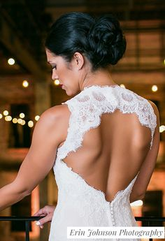 Are you sweating for the wedding? Get motivated with this 25-track wedding workout playlist. We've included a list of tips to help you make your goal!