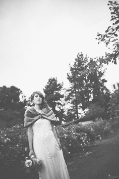 Amazing vintage wedding dress.  Vintage Wedding Photography. Vis Photography.  Natural History Museum Wedding.