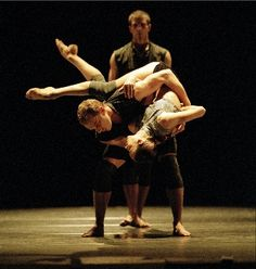 Broken Fall by Russell Maliphant featuring the Ballet Boyz and Sylvie Guillem