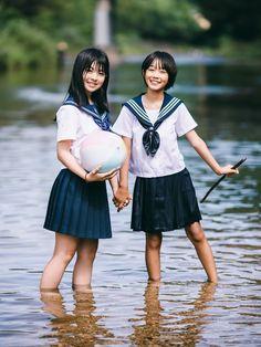 Cute Asian Girls, Beautiful Asian Girls, Beautiful People, Preteen Girls Fashion, Girl Fashion, Japanese School Uniform Girl, Water Modeling, Girl In Water, Girls Uniforms