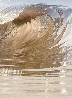 ocean wave | gold