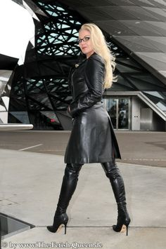 Crazy Outfits, Sexy Outfits, Fashion Outfits, Womens Fashion, Celebrity Boots, Winter Boots Outfits, Stiletto Boots, Leather Dresses, Sexy Boots