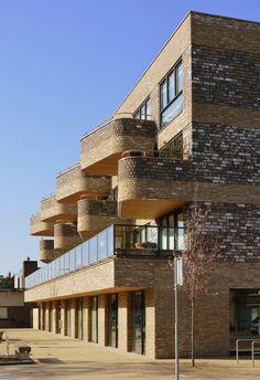 Brickwork, Balconies, Urban, Mansions, Space, House Styles, Home Decor, Verandas, Floor Space
