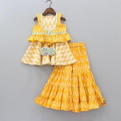 Pre Order: Printed Top And Sharara With Ikkat Jacket Baby Summer Dresses, Dresses Kids Girl, Kids Outfits, Summer Baby, Baby Dresses, Kids Dress Wear, Kids Gown, Kids Wear, Baby Frocks Designs
