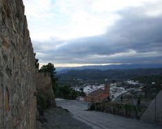 """#Almería - #Gérgal / 37º 7' 12"""" -2º 32' 24"""" / Esta localidad era conocida como Xergal. En un principio fue fortaleza entre dos caminos y rodeada por humildes casas, en una tierra pobre y solitaria. Todo cambió gracias a su explendor minero. Actualmente es una comarca ganadera y agrícola."""