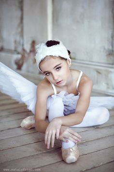 What a beautiful young dancer - swan lake, ballet