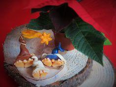Queste sono alcune delle nostre creazioni per il periodo natalizio fatti in modo artigianale e con molta passione e che abbiamo presentato in una fiera natalizia.
