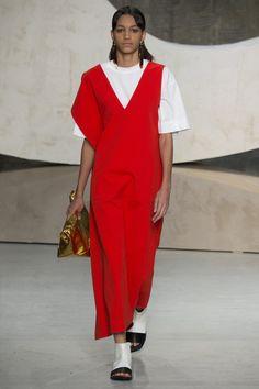 Marni Spring 2016 Ready-to-Wear Fashion Show - Marte Mei van Haaster