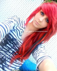 #red & #blue #dyed #scene #hair #pretty