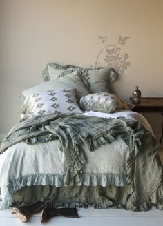 Bella Notte Bedding, we love all of Bella Notte Linens options for colors, style, and comfort. Superior quality at that. Come by June DeLugas Interiors and let us help you pick out your custom Bella Notte Linens bedding. Shabby Chic Bed Linen, Camas Shabby Chic, Chic Chalet, Textured Bedding, Bed Scarf, Linen Duvet, Ruffle Duvet, Cotton Bedding, Decorative Pillow Cases