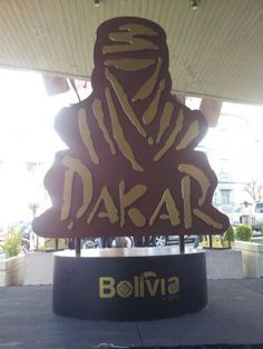 Más de tres mil efectivos, entre policías y militares, participarán del operativo de seguridad para las dos etapas del Rally Dakar que albergará Bolivia en el 2014, informó el comandante de frontera policial de Uyuni.