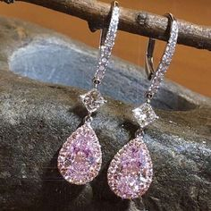 Unique pair of white and natural pink diamond earrings from the ' Haute Joaillerie Collection ' #schreinerfinejewellery #pink diamond #earrings