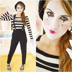 The 25 Best Carnival Costumes Ideas for Women – Carnival Costume Ideas for Women Last-Minute-Kostüm – Pantomime - Kostüm Karneval Pierrot Costume, Mime Costume, Circus Costume, Carnival Costumes, Costume Makeup, Cool Costumes, Costumes For Women, Costume Ideas, Circus Halloween Costumes