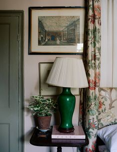 """The playfully traditional home of antiques dealer Jack Laver Brister (aka Tradchap) A 'Chinese-y"""" green lamp sits on a Regency… English Country Decor, Country Interior, French Country Decorating, Country Life, Country Style, Cozy Living, My Living Room, Green Lamp, Georgian Homes"""