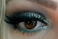 green sparkle makeup - winter party