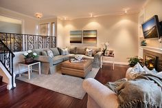 I hate split level homes, but this would be a great idea if there's a few steps down into a room or for a basement -----*love flooring Living Room Remodel, Living Room Decor, Kitchen Remodel, Bath Remodel, Living Rooms, Garage To Living Space, Sunken Living Room, Living Area, Level Homes