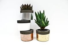 Hey, I found this really awesome Etsy listing at https://www.etsy.com/listing/195997046/round-pop-of-colour-black-concrete