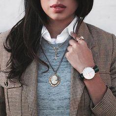 Vintage Details. Aliya-Jasmine Sovani. Aliya Jasmine Reporter Style TV Fashion.