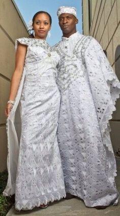 Que ce soit pour une cérémonie de dot, civile ou religieuse, vous pouvez opter pour une jolie tenue en tissu pagne ou d'inspiration africaine. Les