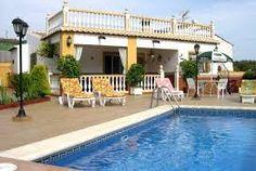 Fantastische Villa mit SAT-tv, Terrasse, Grill, privatem Pool und wunderschöner Aussicht auf das Meer und die Berge