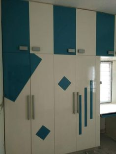 New Bedroom Closet Shelves Ceilings Ideas Wardrobe Laminate Design, Wall Wardrobe Design, Wardrobe Door Designs, Bedroom Closet Design, Bedroom Furniture Design, Bedroom Wardrobe, Wardrobe Doors, Home Room Design, Wardrobe Drawers