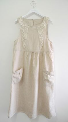 Linen Dress with Patch Pockets in Lt Beige (with Lace Patch)