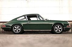 Green Sunday #porsche #classic911 #sundaydriver #carporn by #911outlaw credit: Unknown but thx by 911outlaw