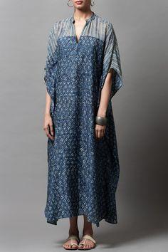 Kaftan Designs, Blouse Designs, Silk Kaftan, Kaftan Kurti, Cotton Kaftan, Cotton Silk, Kimono Fashion, Fashion Dresses, Maxi Outfits