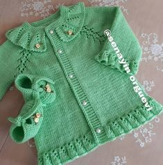 Baby Girl Sweaters, Knitted Baby Clothes, Teachers Pet, Crochet For Kids, Baby Knitting, Activities For Kids, Knitting Patterns, Baby Kids, Jackets