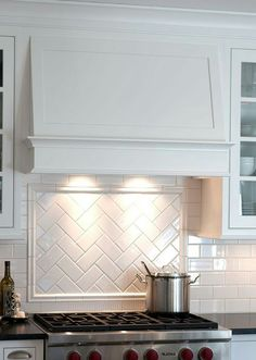 28 Amazing Kitchen Backsplash with White Cabinets Ideas - Page 7 of 28 . 28 Amazing Kitchen Backsplash with White Cabinets Ideas – Page 7 of 28 backsplash with w Backsplash For White Cabinets, White Kitchen Cabinets, Kitchen Tiles, Kitchen Decor, Backsplash Ideas, Backsplashes With White Cabinets, Diy Kitchen, Cupboards, Kitchen Backsplash White Cabinets