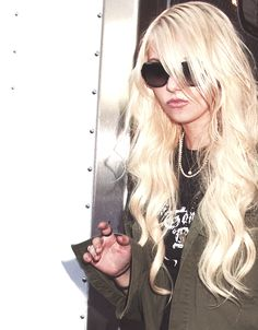 Taylor Momsen, hair envy