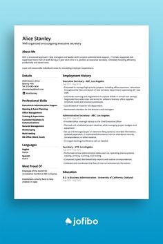 A minimalistic and elegant CV template built to focus on your summary right away Best Cv Template, Resume Template Free, My Resume, Resume Writing, Modern Resume Format, Academic Cv, Cv Maker, Chronological Resume, Create A Resume