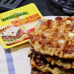 [Anzeige] How a few hearty grilled cheese waffle? [In Kooperation mit Leerdammer] Mac and Cheese Recipes Grilled Sandwich Recipe, Pork Sandwich, Sandwiches, Sandwich Recipes, Macaroni Cheese Recipes, Mac And Cheese, Cheese Waffles, Food Tags, Eat Smarter