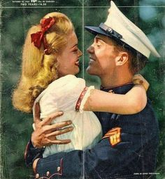 I just love vintage photos of military couples!