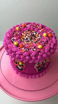 Buttercream Cupcakes, Cupcake Cakes, Beautiful Cakes, Amazing Cakes, Tarte Orange, Sugar Skull Cakes, Piping Techniques, Dessert Decoration, Just Cakes