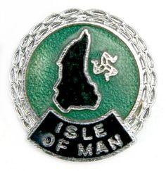 Isle Of Man TT Racing Green Motorcycle Enamel Badge