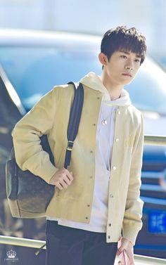 Yiyangqianxi #Jackson #JacksonYi #易烊千玺 #อี้หยางเชียนซี #เชียนซี #TFboys