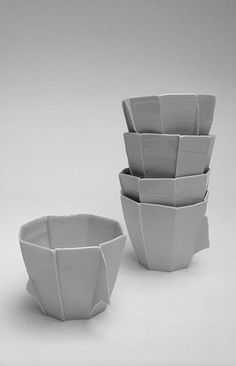 Edwin Pelser Carly Hollabaugh Ceramics (C) September 2013 Clay Design, Ceramic Design, Design Crafts, Ceramic Clay, Ceramic Pottery, Ceramics Projects, Pottery Studio, Contemporary Ceramics, Everyday Items