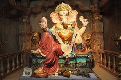 Ankur Mitra Mandal Ganeshotsav, Dadar, Mumbai येथील बाप्पांची मूर्ती.... बाप्पांच्या विविध रूपांच्या दर्शनासाठी Like करा हे पेज....