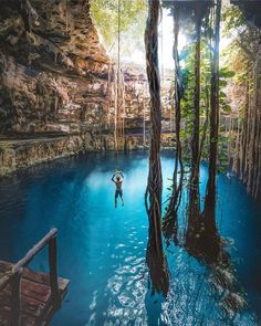 Cave Diving in Yucatan, Mexico. 😍🇲🇽 Tag someone you'd do this with! Vacation Places, Dream Vacations, Vacation Trips, Vacation Spots, Vacation Cuba, Vacation Travel, Beautiful Places To Travel, Cool Places To Visit, Wonderful Places