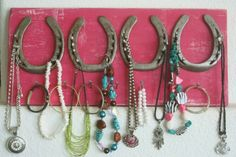 horse shoe jewelry holder #upcycle
