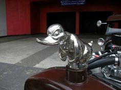 Hood ornament on the ford hot rod