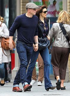 Daniel Craig and Rachel Weisz - I love her jeans!