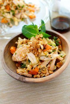 "Al vapore ricetta insalata di pollo con Bimby Vietnamita Bimby ""nel mondo Indian Food Recipes, Asian Recipes, Healthy Recipes, Ethnic Recipes, Japanese Food, Food For Thought, Fried Rice, I Foods, Food Porn"
