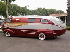 "1937 Himsl Zeppelin Roadliner, Plymouth ""house car"", built by a mechanic at Chris-Craft. Custom Vans, Custom Bikes, Custom Trucks, Chris Craft Boats, Automobile, Auto Motor Sport, Vintage Rv, Vintage Motorhome, Cool Campers"