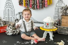 NY themed cake smash portrait session for a one year old boy, New York, NYC theme, big apple, French's Cupcake Bakery