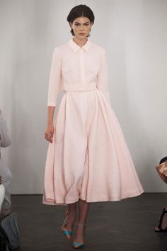 Emilia Wickstead SS14 collection embraces simple femininity.