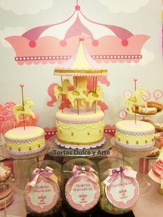 decoracion de un cumpleaños con un carrusel - Buscar con Google