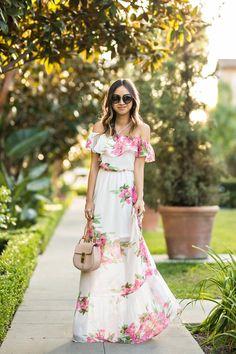 petite fashion blog, lace and locks, LA fashion blogger, oc fashion blogger, off the shoulder maxi dress, cute maxi dress, morning lavender, floral maxi dress